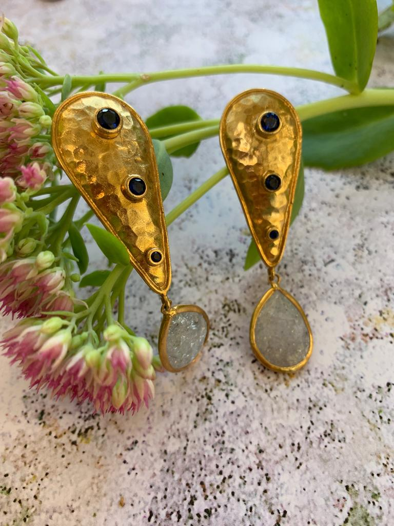 Tear drop pendant bronze earrings - L'Atelier Natalia Willmott