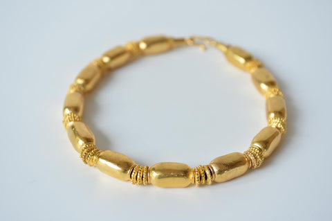 "Gold ""Etruscan"" necklace by Elisabeth Riveiro - L'Atelier Natalia Willmott"