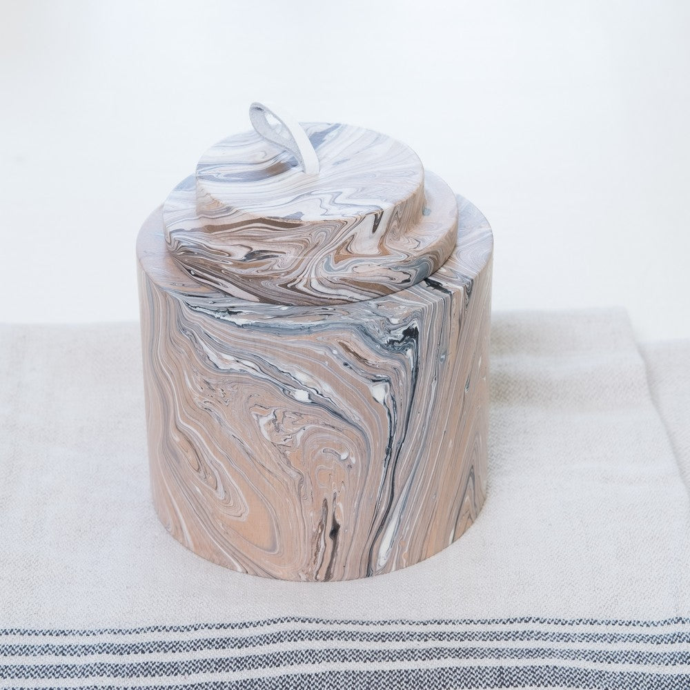 Small marbleised wooden jar