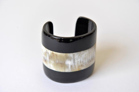Cuff in marble African horn and black buffalo horn - L'Atelier Natalia Willmott