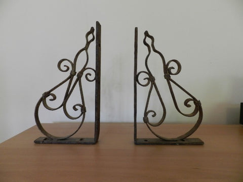 Pair of wrought iron book ends Heloue - L'Atelier Natalia Willmott