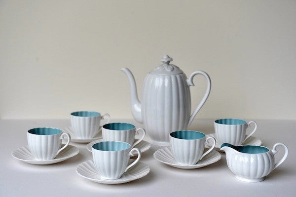 Susie Cooper fluted design coffee service - L'Atelier Natalia Willmott