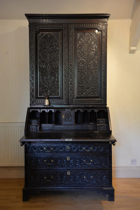 Oak ebonised George III secretaire cabinet - L'Atelier Natalia Willmott
