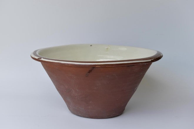 Antique butter bowl - L'Atelier Natalia Willmott
