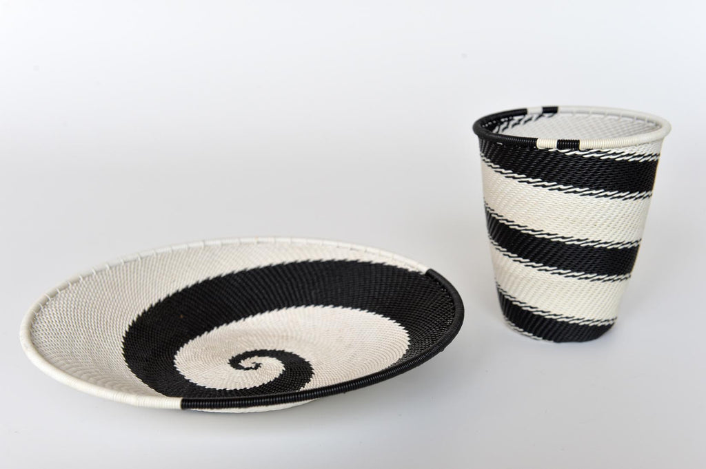 Zulu pencil holder and plate - L'Atelier Natalia Willmott
