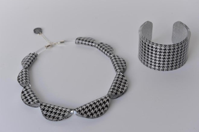 Houndstooth necklace and cuff by Mojiana designs - L'Atelier Natalia Willmott