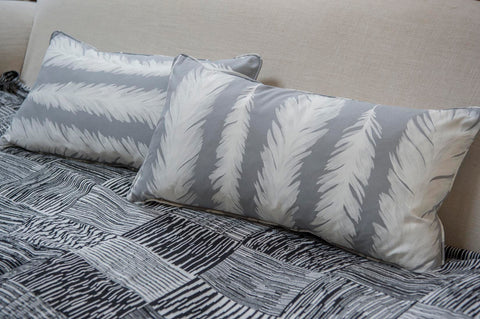 Feathers  oblong cushion - L'Atelier Natalia Willmott