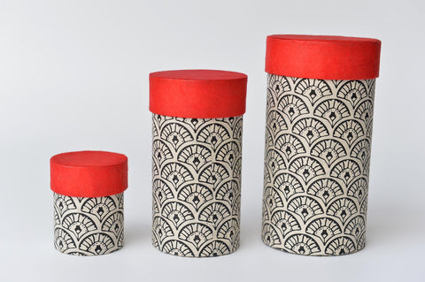 Set of 3 handmade paper cylinder shaped boxes - L'Atelier Natalia Willmott