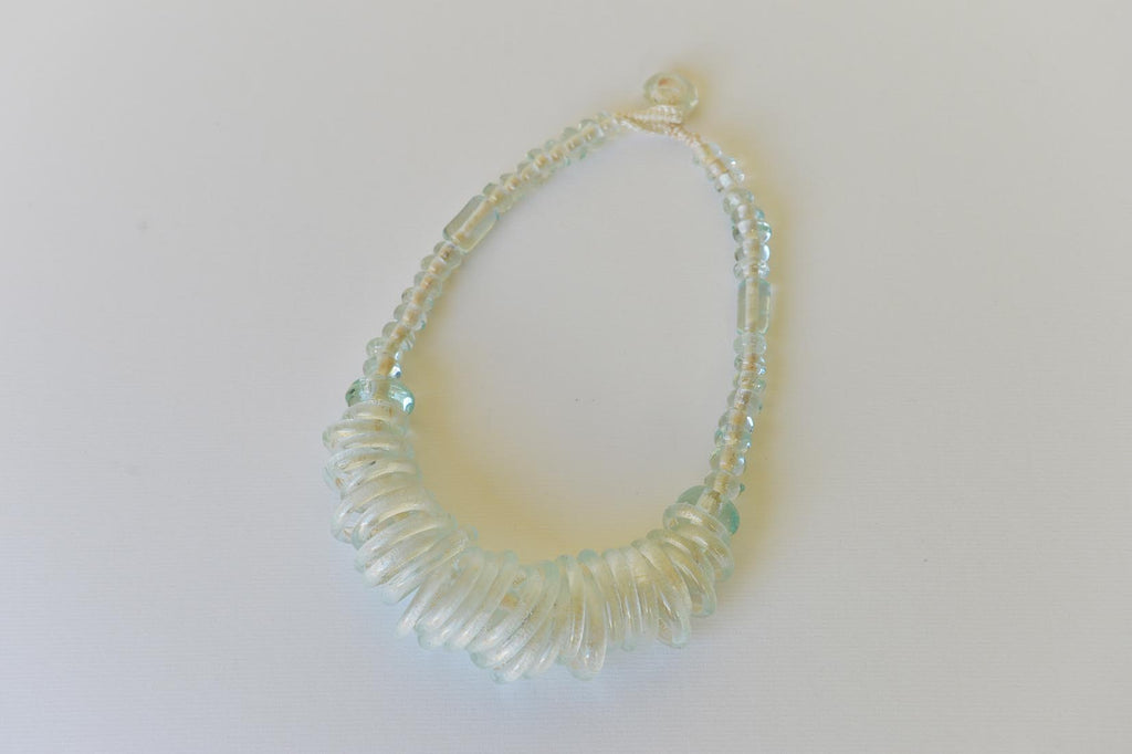 Recycled glass necklace - L'Atelier Natalia Willmott