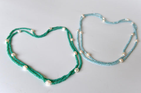 Bead and pearl necklace in green or light blue - L'Atelier Natalia Willmott