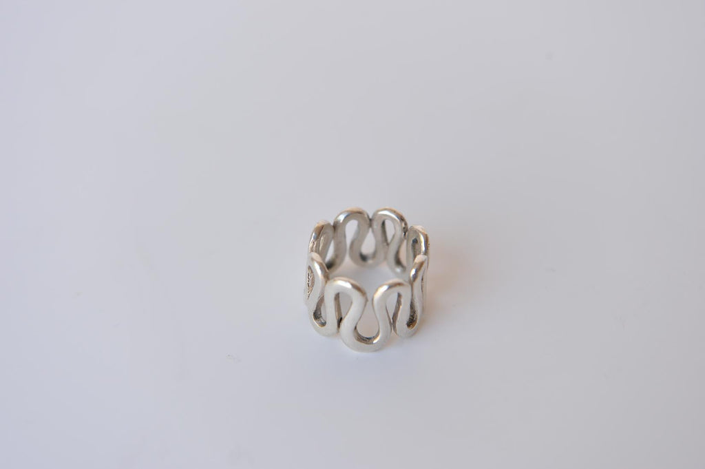 "Silver ring ""Vagues"" by Elisabeth Riveiro"