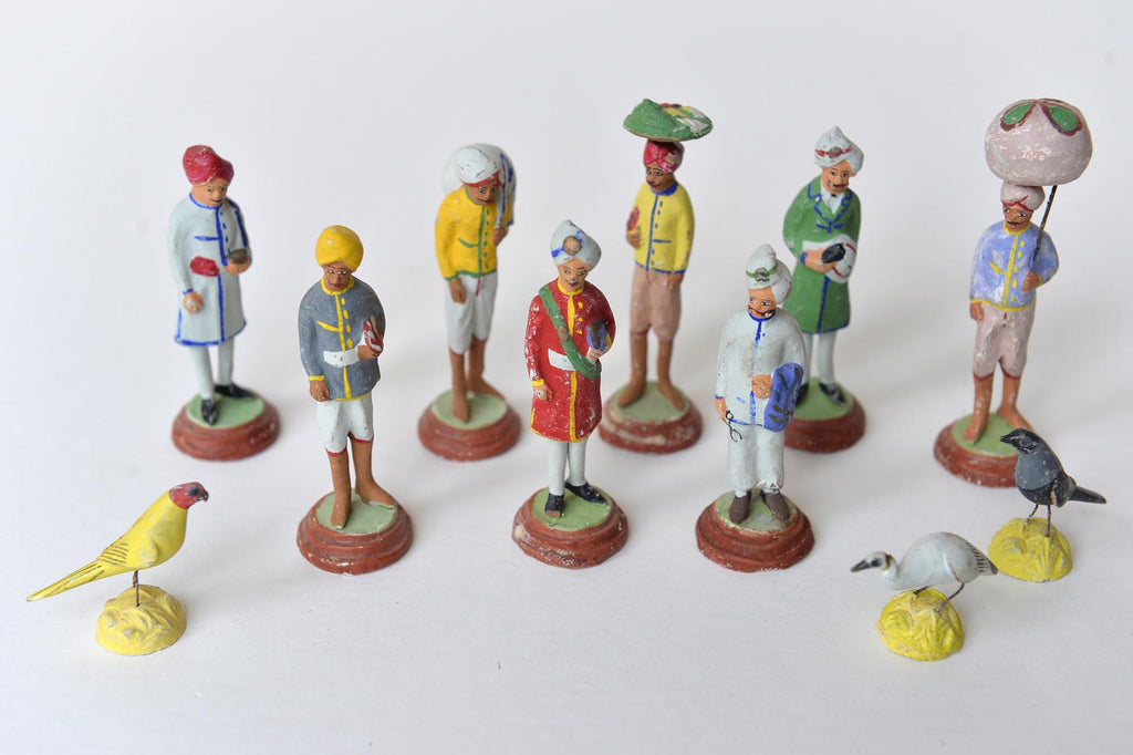 Small Indian plaster figures