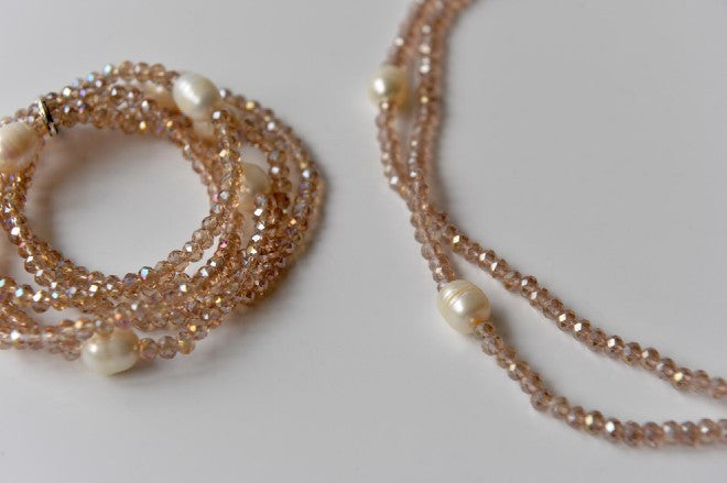 Bead and pearl necklace and bracelet in pale pink - L'Atelier Natalia Willmott