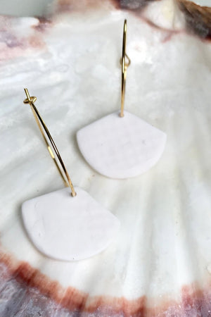 24k Gold Plated White Clay Shell Hoop Earrings - ALOË