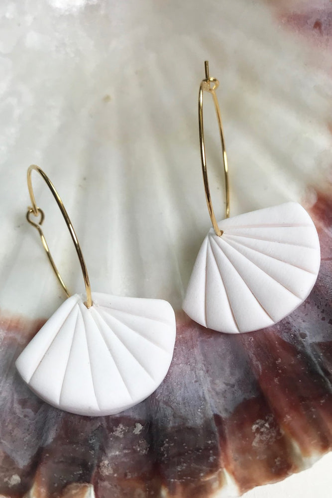 24k Gold Plated White Clay Shell Hoop Earrings