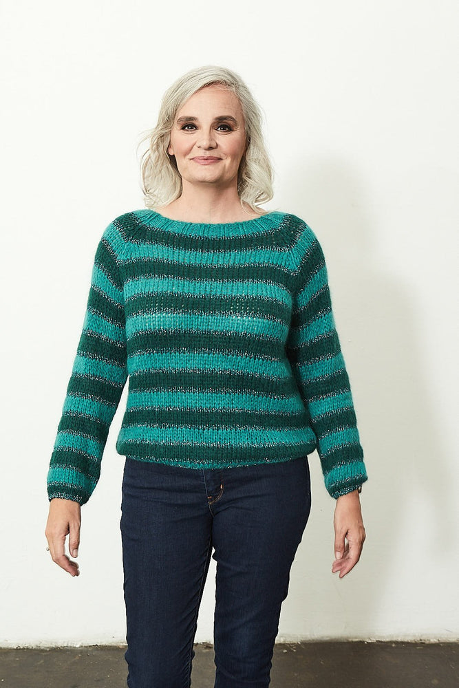 Load image into Gallery viewer, Emerald Pull Raglan Bess - Stella Forest at The Bias Cut