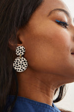 Go Dotty Medium Earrings