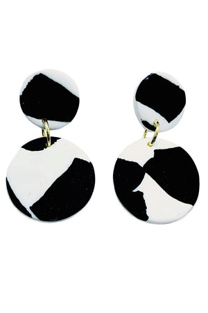 Load image into Gallery viewer, Helsinki - Medium Earrings - No Shrinking Violet