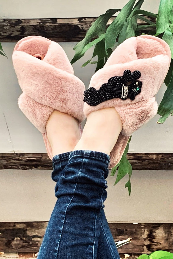 Load image into Gallery viewer, Panther Pink Fluffy Slippers - Laines London