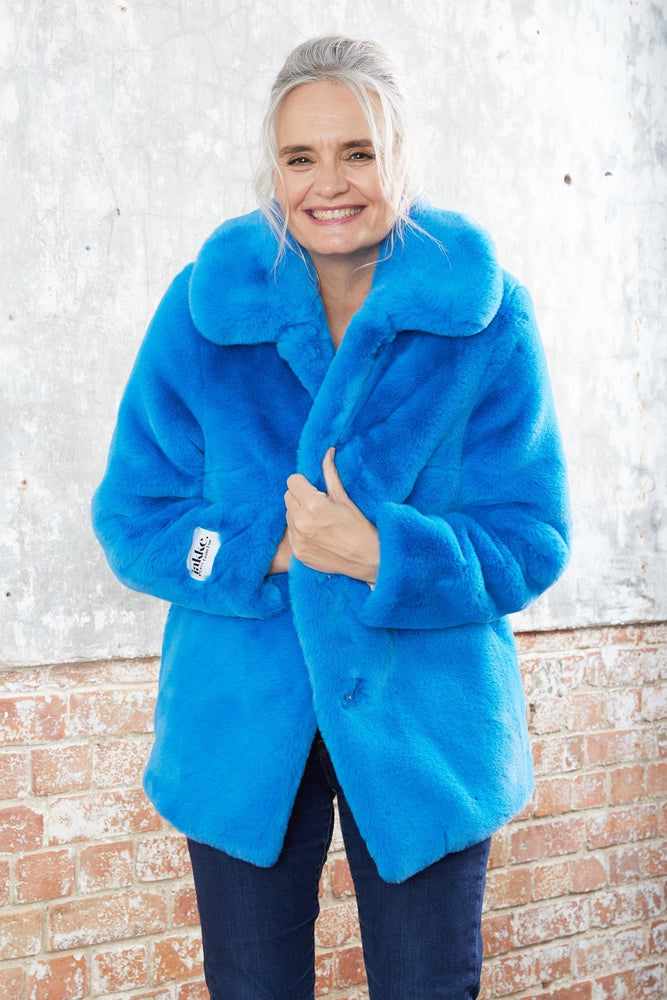 Tilly Azure Blue Faux Fur Coat - Jakke at The Bias Cut