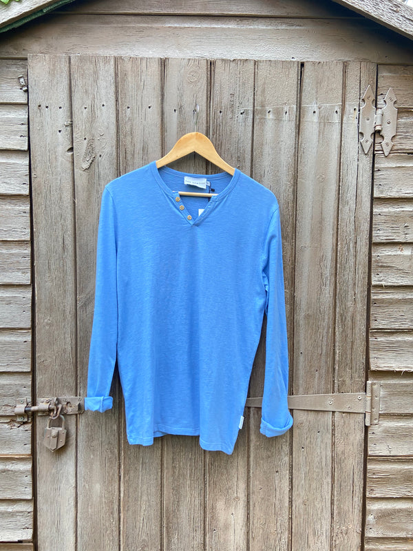 ESSENTIAL SKY BLUE LONG SLEEVES