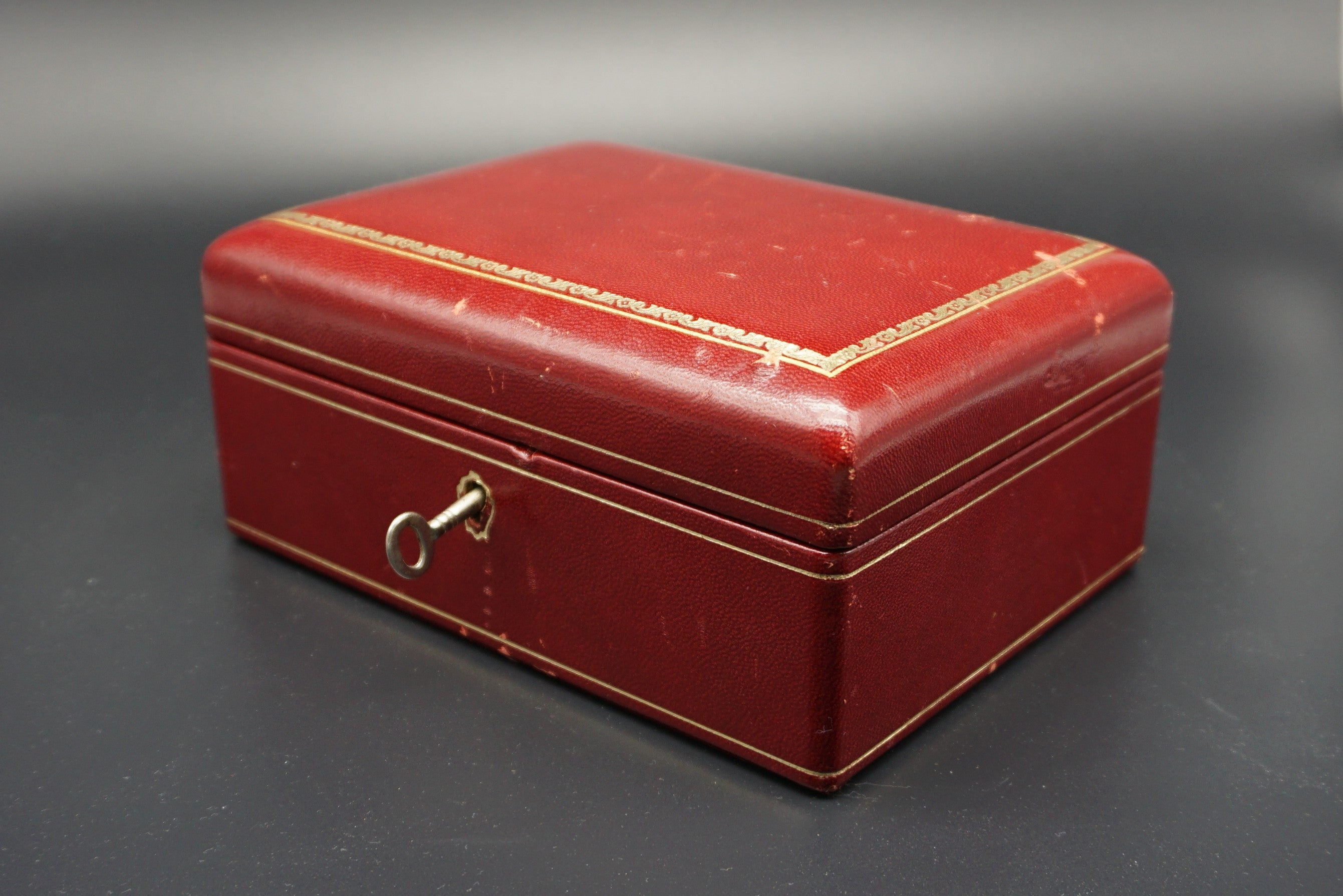 Vintage Small Red Leather Jewelry Box with Removable Tray REBUS 33