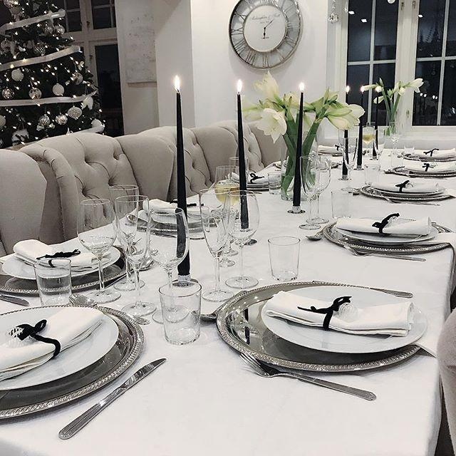 Cream Linen Luxury Wing Back Dining Chairs - Mirrored furniture - Sparkle Diamond - House of Sparkles