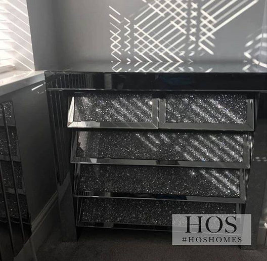 Diamond Crush 5 Drawer Mirrored Chest | HOS Home | Mirrored furniture | Affordable Luxury