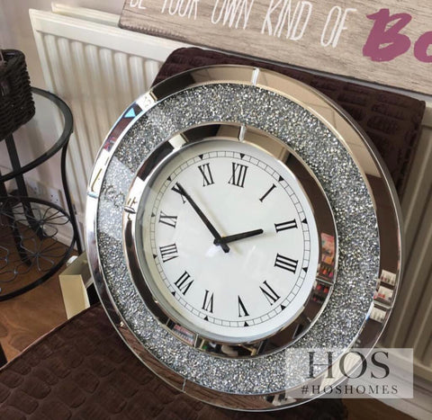The Diamond Crush Circular Wall Clock