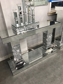 Diamond Crush Pillar Mirrored Console Table | HOS Home | Mirrored furniture | Affordable Luxury