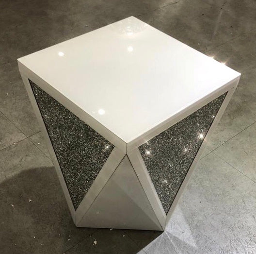 White Mirror Crush V Side Table