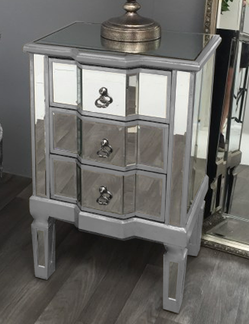 Antique Mirrored Bedside Table in Silver | HOS Home | Mirrored furniture | Affordable Luxury