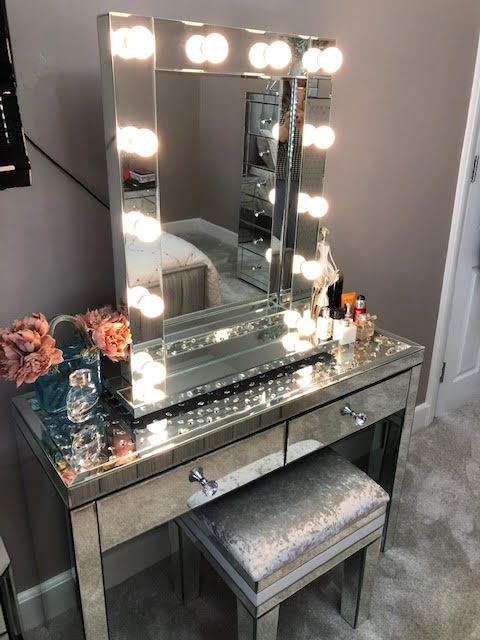 Classic Mirrored Hollywood Mirror | HOS Home | Mirrored furniture | Affordable Luxury
