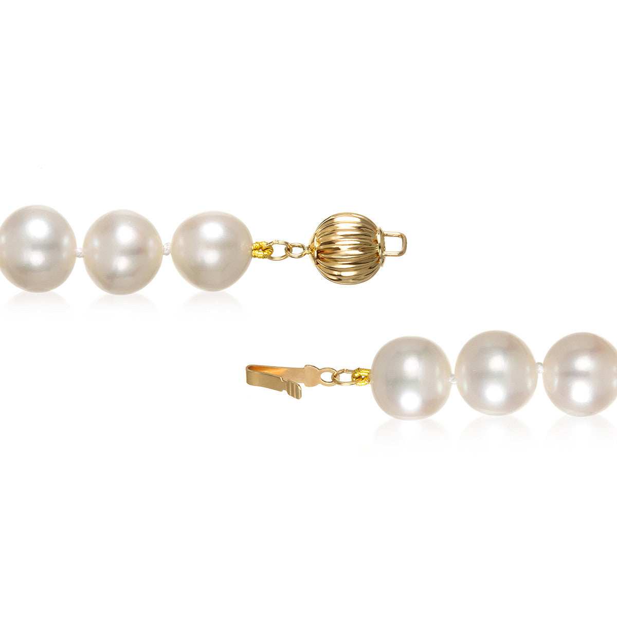 "8.5 - 9.5mm Cultured White Freshwater Pearl Necklace, 18"", AAA High Luster, 14K Yellow Gold - Isaac Westman - 3"