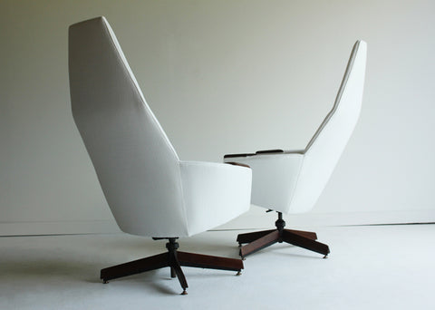 adrian-pearsall-high-back-lounge-chairs-the-swanky-abode-02