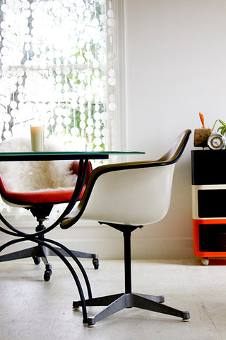 charles-eames-shell-chair-the-swanky-abode-01
