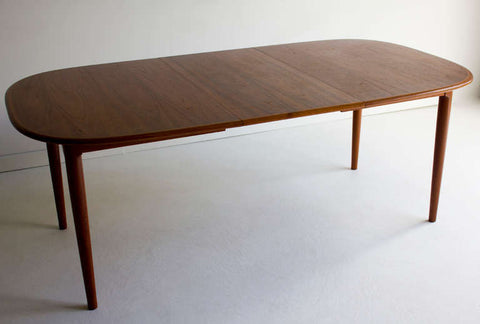 Danish Modern Teak Dining Table - 01211602
