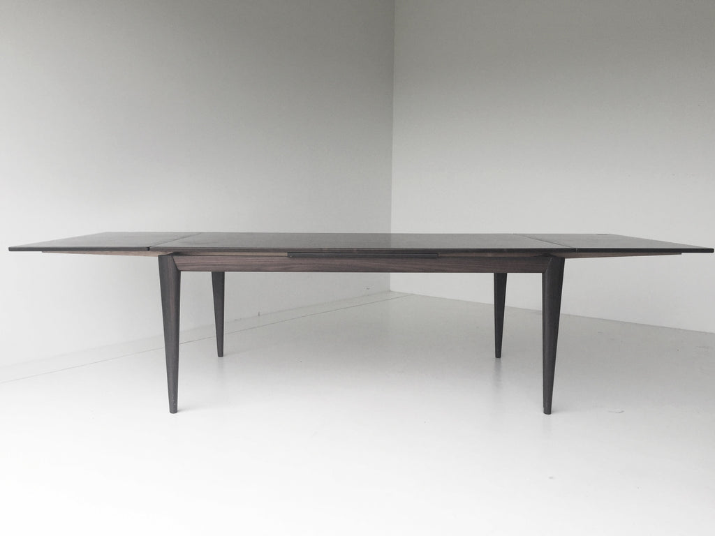 J-L-Moller-Solid-Rosewood-Dining-Table-06101601-01