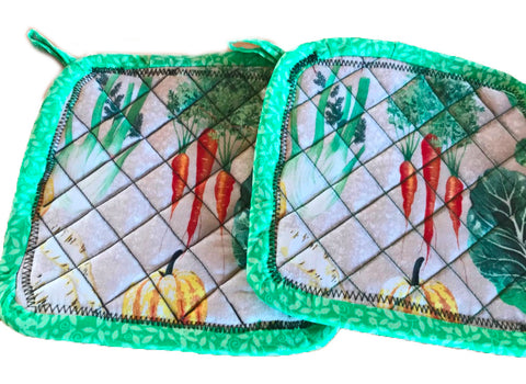 Amish Handmade Reversible Quilted Potholders - Carrots-Green Floral - Set of 2