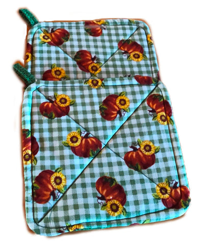 Amish Handmade Reversible Quilted Potholders - Pumpkins - Green Dotted - Set of 2
