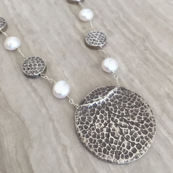 White Potato Pearl With Silver Pendant Necklace N-15