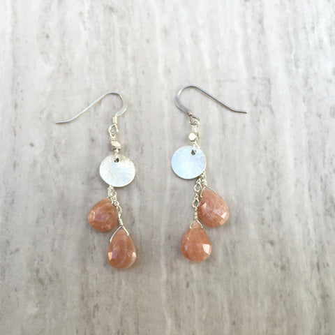 Sunstone Puffed Teardrop With Silver Circle Earrings E-17