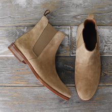 Classic Tan Chelsea Boot Look 4
