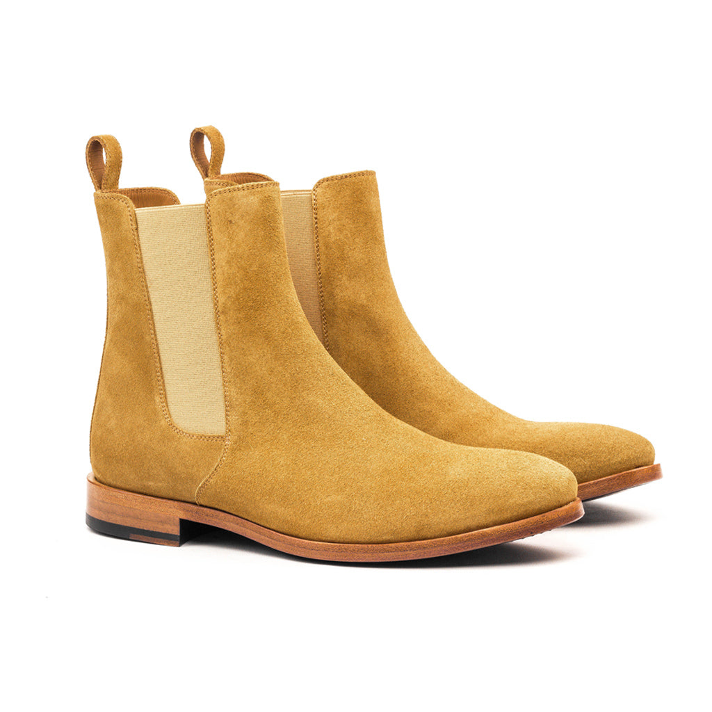 THE CLASSIC WHISKEY CHELSEA BOOTS