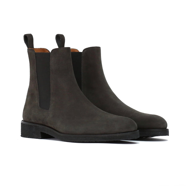 THE GRAY CREPE CHELSEA BOOTS