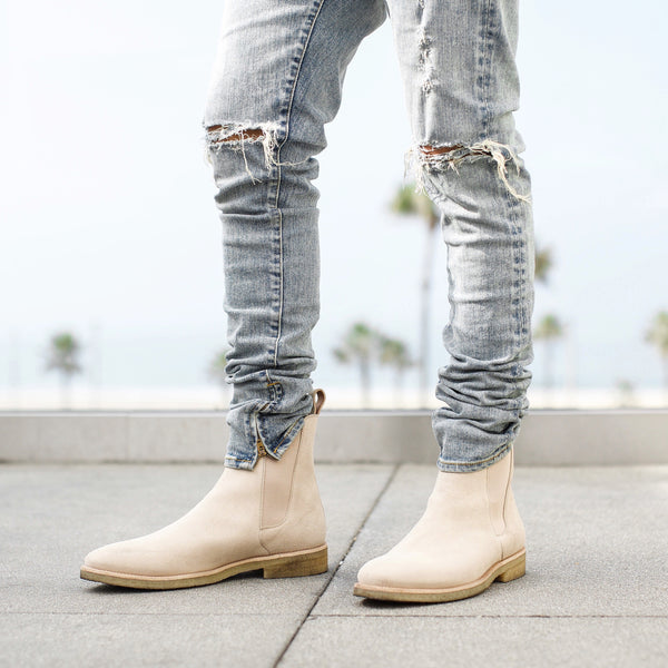 The Sand Crepe Chelsea Boots Oro Los Angeles