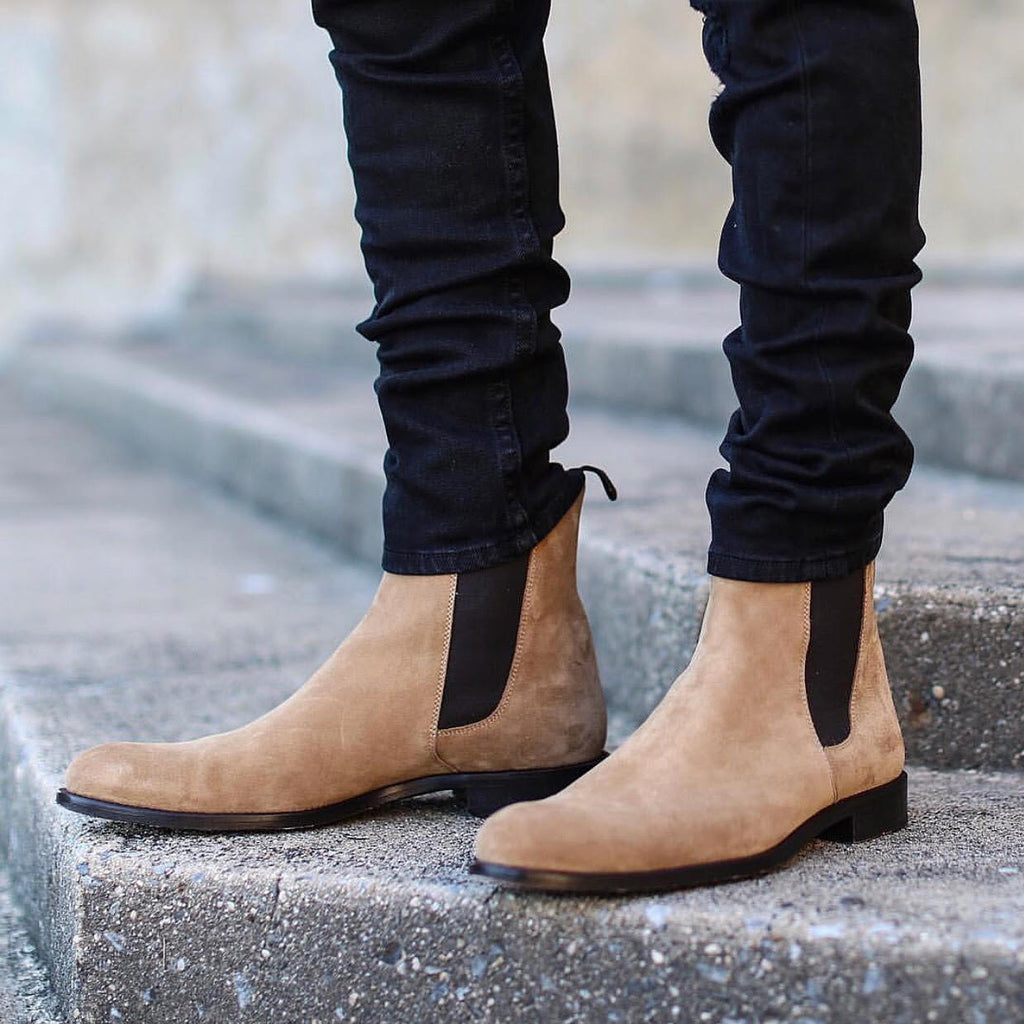 THE TAUPE CHELSEA BOOTS