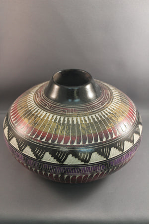 Metallic Horsehair Pottery