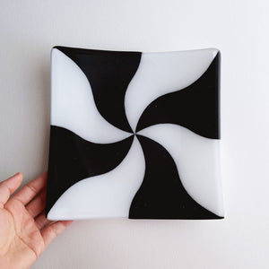 Fused Glass Square Plate - Black & White Swirl