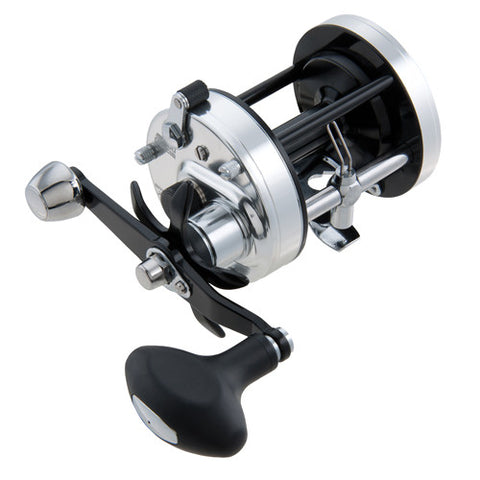 Abu Garcia Ambassadeur 7000 C3 Round Reel, 4.1:1 Gear Ratio, 3 Bearings, Right Hand